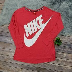 Nike Signal Loose Long-Sleeve T-Shirt.